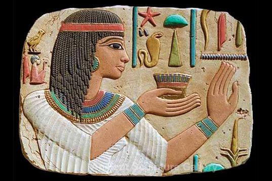 The art of make-up in ancient Egypt
