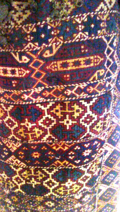 Ornaments-of-Armenian-carpets-and-national-costume-007