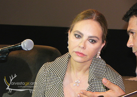 Ornella-Muti-Golden-Apricot-12-Yerevan-Press-005