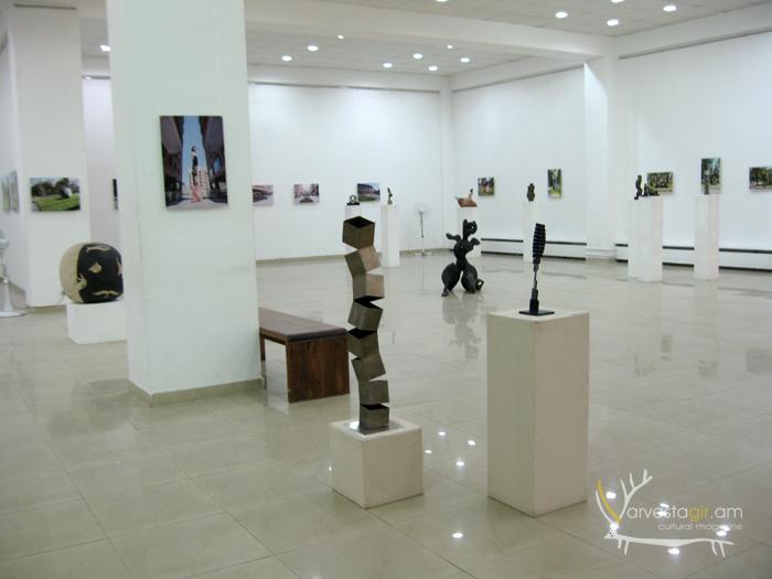 Sculptor-Ashot-Harutyunyan-003