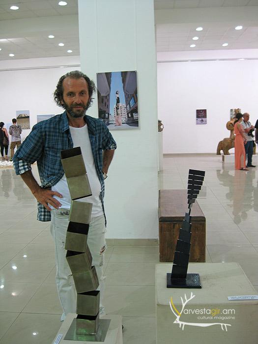 Sculptor-Ashot-Harutyunyan-010