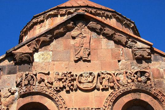 Монументальная живопись в архитектуре: Ахтамар
