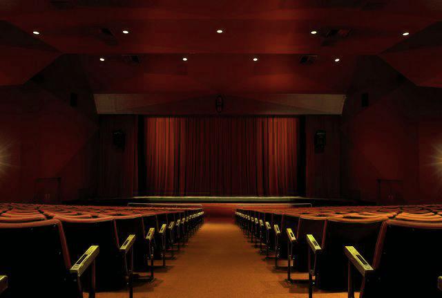 ottawa-little-theatre-building-inside