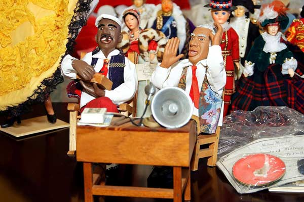 The-Yerevan-Puppet-Museum-400-dolls-instead-of-Michelle-Obama-005