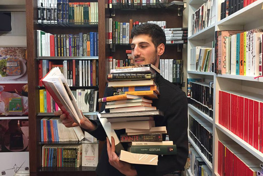 Դերասան Սամվել Թադևոսյանի գրական համաստեղությունը…
